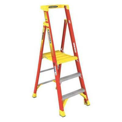 Werner 6 ft. Fiberglass Podium Stepladder , PD6203