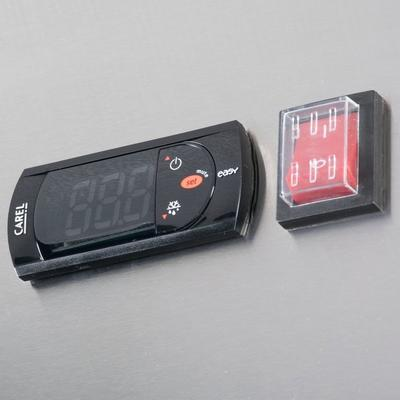 "Avantco A-23R-HC 29"" Solid Door Reach-In Refrigerator"