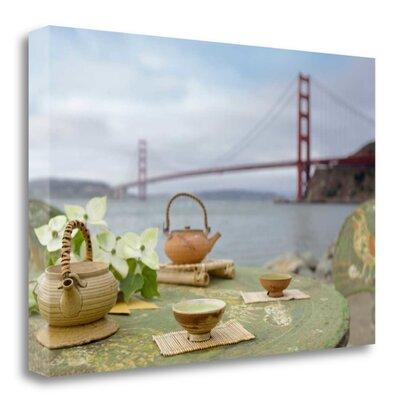 Tangletow Dream Cafe Golden Gate Bridge - 66' Photographi...